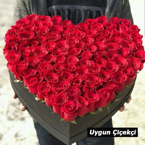 Özel Kalp Kutu'da Güller